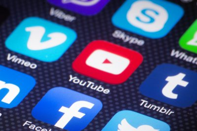 YouTube testing more affordable Premium Lite in European nations