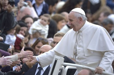 Vatican denies Pope Francis has brain tumor