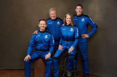 'Star Trek' legend William Shatner set for launch into real space