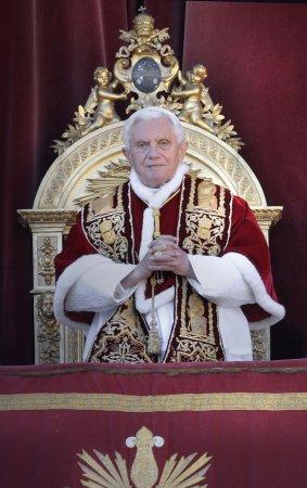 Pope denounces terrorism in address