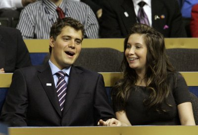 Levi Johnston, wife Sunny Oglesby, reportedly expecting second child together