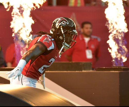 Atlanta Falcons exercise option on CB Desmond Trufant