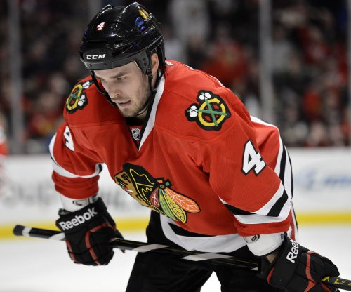 Chicago Blackhawks trade Niklas Hjalmarsson to Phoenix Coyotes