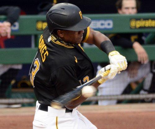 Pirates' Ke'Bryan Hayes skips first base, gets HR overturned