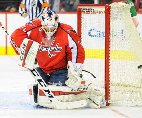 Evgeny Kuznetsov leads Washington Capitals over Vancouver Canucks