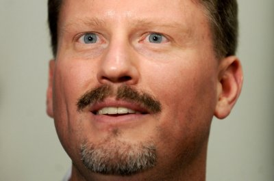 New York Giants' Ben McAdoo cites fundamentals for offensive line woes