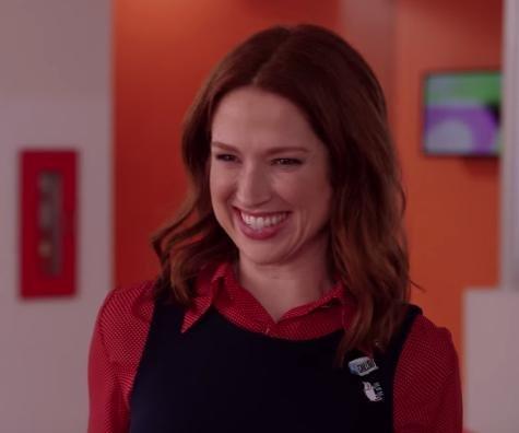'Unbreakable Kimmy Schmidt': Kimmy has a new job in Season 4 trailer