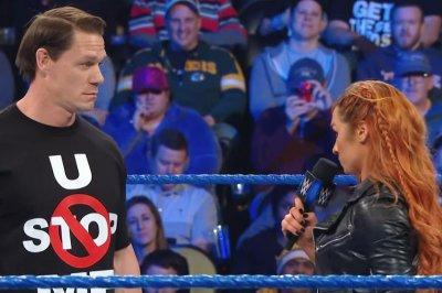 WWE Smackdown: Becky Lynch, John Cena team up