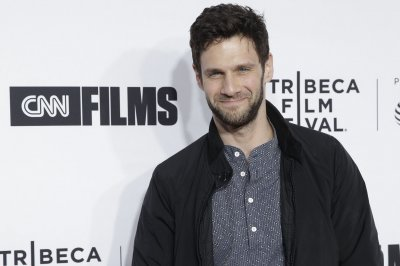 Justin Bartha to co-star with Jason Momoa in 'Sweet Girl'