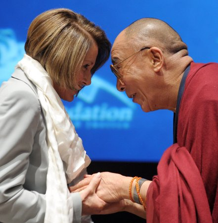 Dalai Lama earns first Lantos award