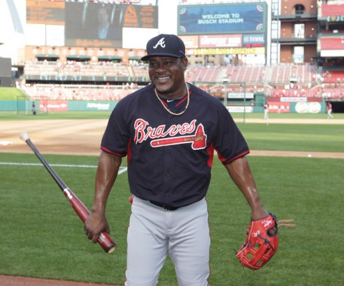 New York Mets acquire Uribe, Johnson from Atlanta Braves