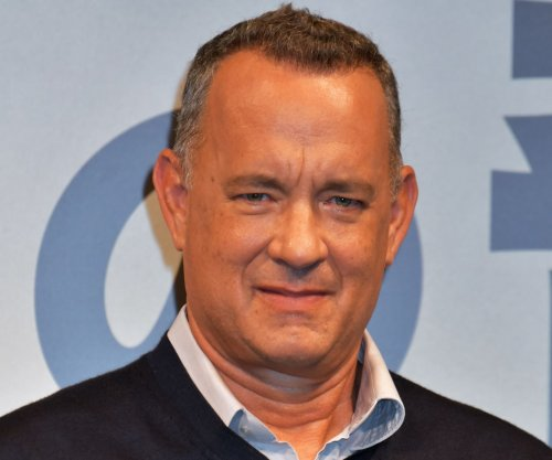 Tom Hanks as 'America's Dad' comforts 'Saturday Night Live' viewers about the election