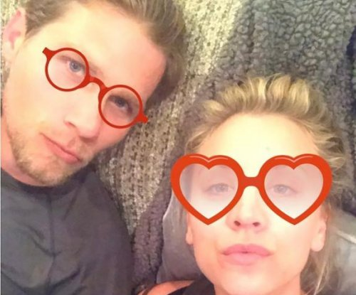 Kaley Cuoco, boyfriend Karl Cook celebrate 'Bachelor' finale