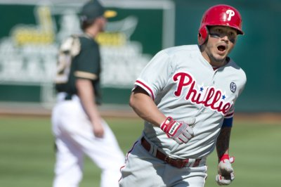 San Diego Padres acquire Freddy Galvis from Philadelphia Phillies