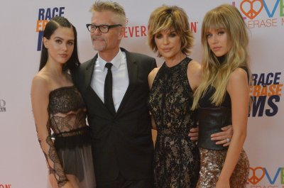 Lisa Rinna's daughter Amelia 'getting over' eating disorder