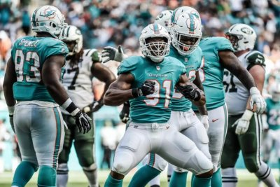 Dolphins beat Jets behind strong defensive effort