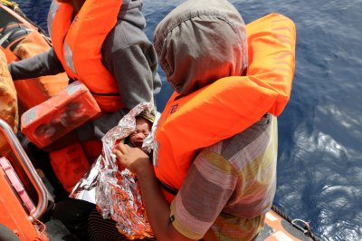 More than 100 migrants feared dead off Libya