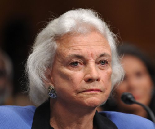 Former Justice Sandra Day O'Connor: Obama should name Scalia's replacement