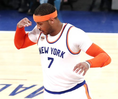 NBA: New York Knicks appear to pause on Carmelo Anthony trade talks