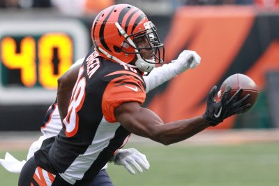 Bengals holding out hope Green can play Sunday