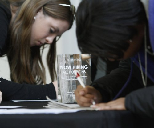 U.S. added 501K fewer jobs last year than previously reported