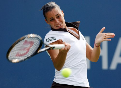 Pennetta takes first-rounder in Bali