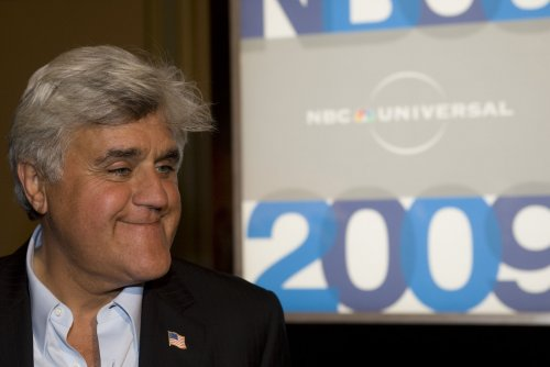 No 'Tonight' jokes for Leno at fundraiser