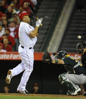 Milwaukee falls to LA Angels in Game Two