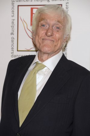 Dick Van Dyke to play Goofy's grandpappy in 'Mickey Mouse Clubhouse' special