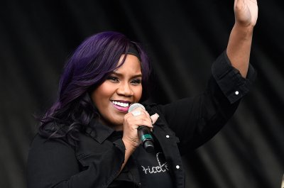 Kelly Price, Jeffrey Rolle to divorce after 23 years of marriage