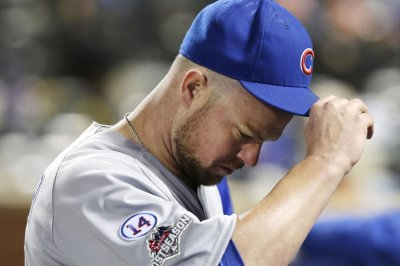 Jon Lester pitches Chicago Cubs to shutout win over Philadelphia Phillies