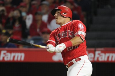 Los Angeles Angels' hot Mike Trout tries to prevent sweep by Seattle Mariners