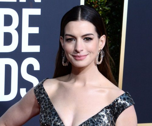 Anne Hathaway to star in 'The Witches' from Robert Zemeckis