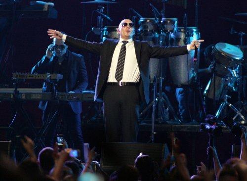 Pitbull writes, records 'MIB3' theme