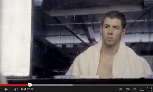 Nick Jonas fights shirtless in new trailer for 'Kingdom'