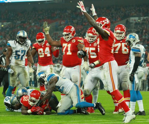 Kansas City Chiefs extend Detroit Lions' misery with 45-10 romp