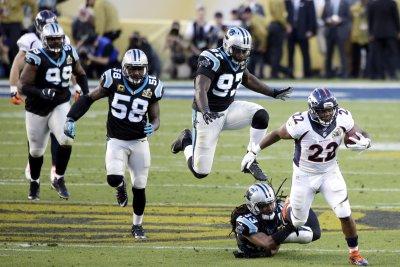 Miami Dolphins sign Denver Broncos RB C.J. Anderson to offer sheet