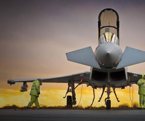 Qatar to buy Typhoon fighters from BAE