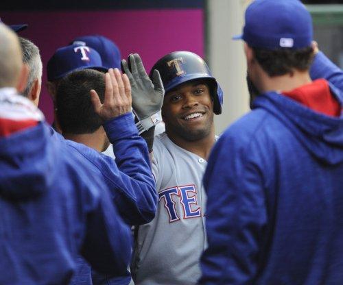 Delino DeShields wants to end slump as Rangers host Yankees