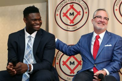 Duke star Zion Williamson suing Florida sports marketing firm