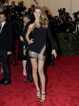 Gisele Bundchen is the new face of Chanel No. 5