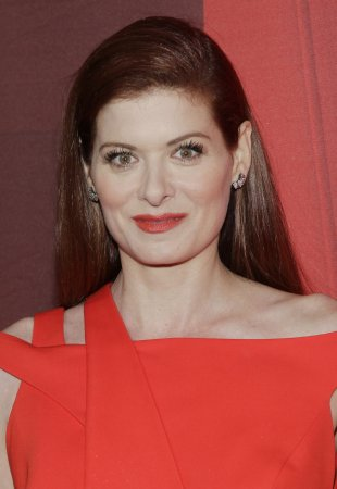 Debra Messing, Sofia Vergara to be presenters at next week's Emmys ceremony