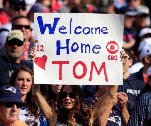 Tom Brady strong in home debut as Patriots rip Bengals