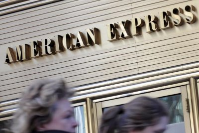 American Express will no longer require signatures for credit card purchases