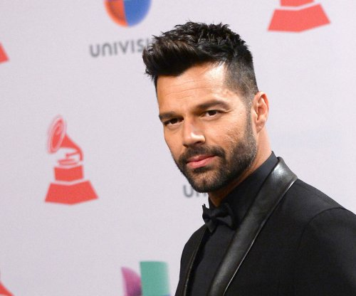 Ricky Martin calls on Latin community to shun Donald Trump