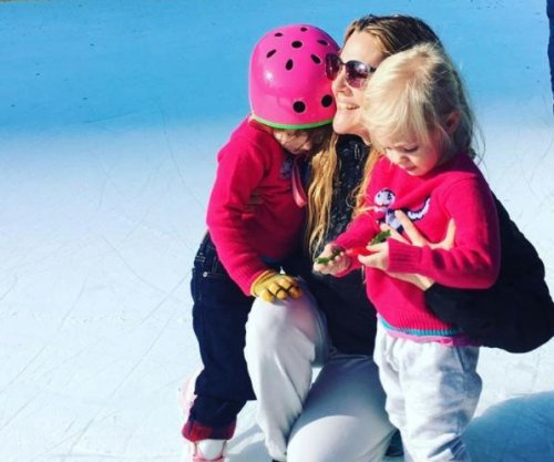 Drew Barrymore posts photo with daughters: 'I feel so lucky'