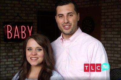 Jinger Duggar says she's expecting a baby girl
