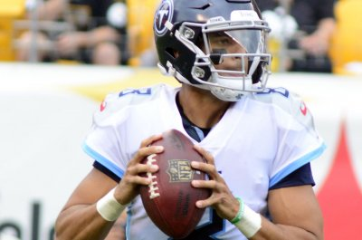 Tennessee Titans banking on new offensive approach for Marcus Mariota