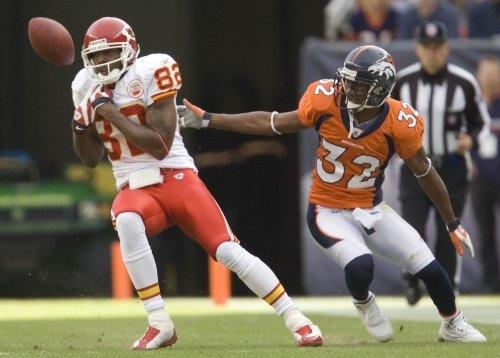 Denver Broncos release Dre' Bly