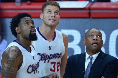Report: Jordan to remain with Los Angeles Clippers